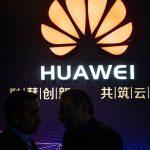 بريطانيا: الحكومة البريطانية تحظر شبكات الجيل الخامس لشركة هواوي الصينية