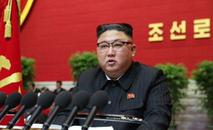 زعيم كوريا الشمالية جونغ يتعهد بتعزيز ترسانة بلاده النووية